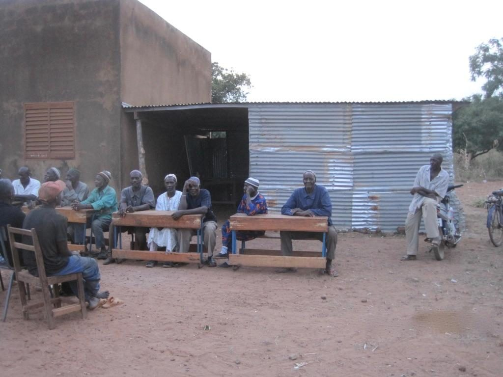 Temporary classroom in Tabakoro